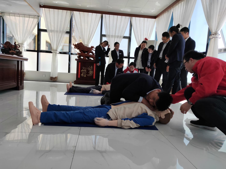 红十字会应急救护培训进企业,聚力提升员工自救互救能力